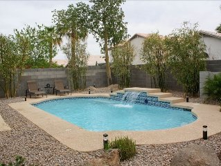 Heated Pool, Newly Remodeled 3 Bedroom, 20 Min. from Airport