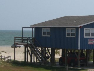Charming Beach Front House in Surfside Beach