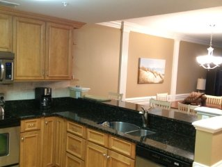Brass Rail 216; Upgraded WiFi, 2 Pools, Hot Tub, Short Walk To Beach And Pier