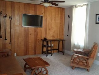 Newly remodeled comfortable cottage, open year ar