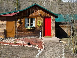 Newly Renovated 1940's Cabin Located In A Peaceful Grand Lake Village Location