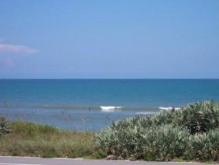 Lovely 2/2 Ocean  View Condo.  Special August rate! Cool summer heat * beach !