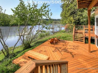 Portland Riverfront Chateau - Ground Floor 3BR/2BA Suite on the Willamette River