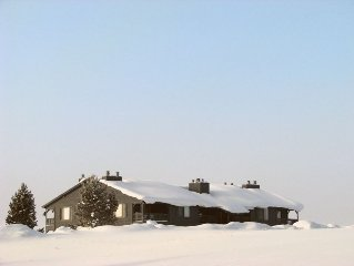 Bison Hideaway! - Immaculate, nicely equipped, great mountain views, great rate!
