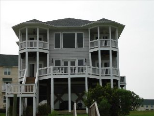 Gorgeous 6Bd/6.5 Bath Sound front Home.  Weekly/Wkend Bookings available!