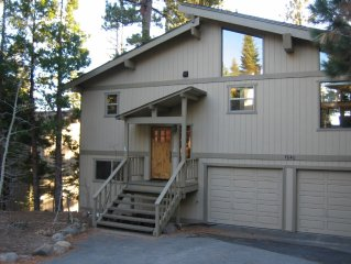 Beautifully Remodeled Robert's Tahoe Retreat w/ Hot Tub and Views!
