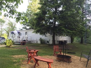 Pet friendly cottage with spectacular country views/Ann Arbor Lansing Jackson MI