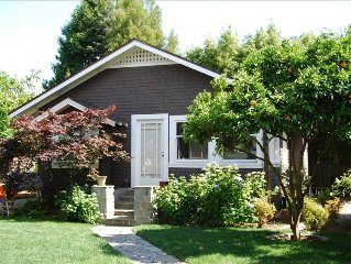 1 BR Large Garden Cottage in Downtown Mill Valley Boyle Park - OCT SPECIAL READ
