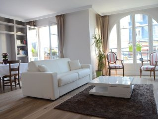 Fully renovated 2 bedrooms flat with balcony 75m2
