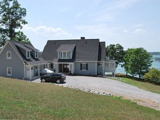 Beautiful Lakefront Executive Home 300'+ of Prime Waterfront