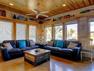 Beautiful Family Getaway with Pool Close to the Beach!