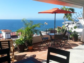 Best Location in PV! Ocean View, Seconds from Blue/Green Chairs, Mantamar  2b/2b
