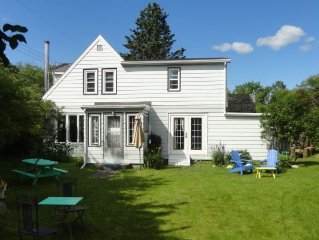 4 Br Home Away from Home, Next to the Ocean & Minutes from Beautiful Lakes