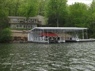RESERVE YOUR LAKE GETAWAY INCLUDES YOUR OWN PRIVATE DOCK!!