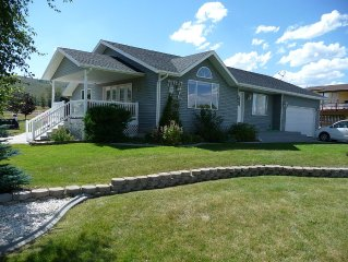 Large Family Home In The Heart Of Bearlake!!!