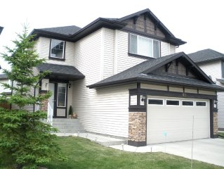 All inclusive upscale NW home sleeps 8 with excellent location and amenities