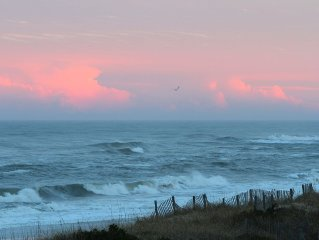 BEACH BABY HATTERAS--OCEAN FRONT CONDO WITH COMMANDING PANORAMIC VIEWS