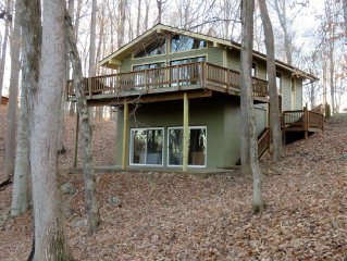 No Hidden Fees! Cottonwood Cottage - The Perfect Lake House Retreat!