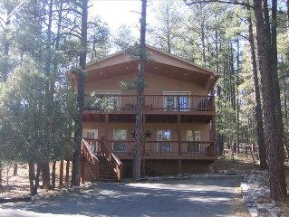 Cozy Pines Cabin - Your Home Away from Home