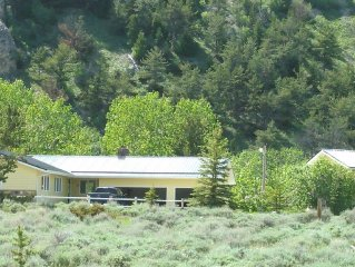 Huge Private Home on Rock Creek at the start of the Beartooth Scenic Highway