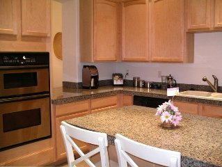 Townhome Near Top-Rated Public Golf Course and Hiking