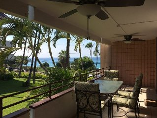 Ocean View Beach Condo-#103-Directly across Alii Dr to White Sands Beach!