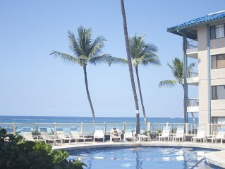 C2-Oceanfront complex & Partial Ocean View At Kona Reef/Pool/Spa 1 min to town!