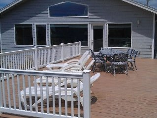 Ocean View, Beautiful Home, Nice Beach -Rockaway Beach, Slp12