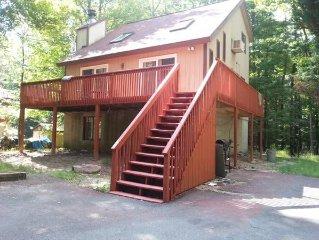 NEAR FIREWORKS IN 5BR MODERN HOUSE in HIDEOUT PA