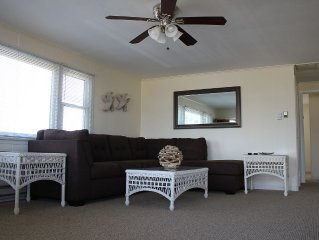 3 Bedroom, 1 Bath in Surf City with Amazing Sunsets - Sleeps 8