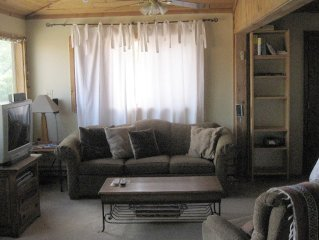 Best Deal in Taos - Great Mountain View and Easy Walk to Plaza