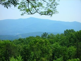 True Mountain Cabin with a View from Tennessee to N.Carolina ! Add A Free Night