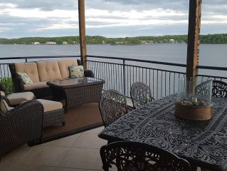 Palisades Point- Luxury On The Lake! High-end Condo with Million Dollar View!!