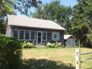 Tastefully Renovated Cottage, National Seashore, Great Location!