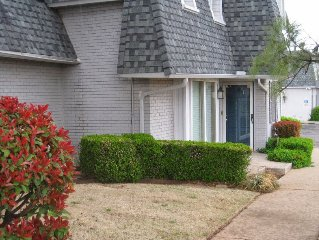 Beautiful Updated Condo in Quail Creek NW Oklahoma City