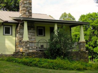 Bungalow Farmhouse - Family and Pet Friendly- Borders 3600 acre forest