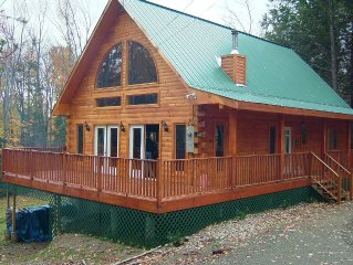 Mountain Log Cabin Getaway