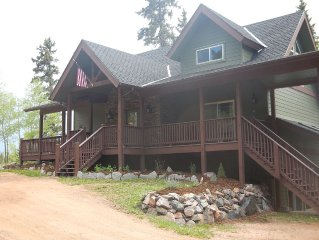 Modern home secluded on 55 acres--Breathtaking views of Pikes Peak- Pet Friendly