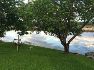 Beautifully Quiet and Secluded Home on Lake LBJ