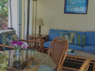 Beautifully remodeled villa stunning private pool steps to the best beaches