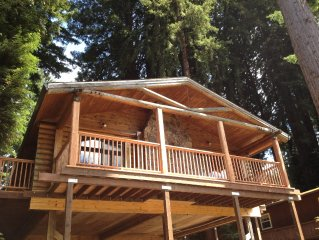 Russian River Log Cabin - Recently renovated on r