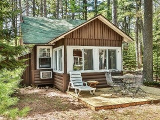 Pinehurst Resort, St. Germain - Classic Northwoods Cabin on Little Saint