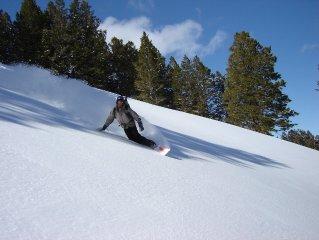 Powder Mountain Ski-in/ski-out Slopeside Lodging Townhome Style Condo