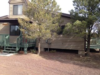 Very cute cottage minutes away from Williams and Grand Canyon