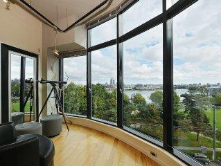 Victoria Inner Harbor Luxury with Stunning Ocean Views