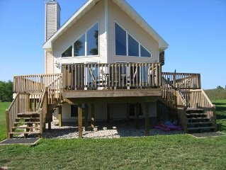 Arbor Pointe Cottage: Newly Renovated Cottage on All Sports Lake
