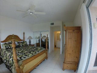 Beautiful 3 Bedroom Penthouse Apartment on Bell Channel with a 50' Dock Slip!