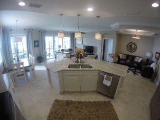 Newer 3 Bed, 2 Bath Home in a Resort Community on the Manatee River