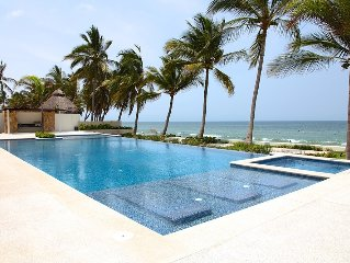 Luxury Beachfront Condo In Azul