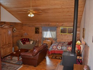 Ranch Guest Cabin, a Cozy and Peaceful Place to Stay - Pet Friendly